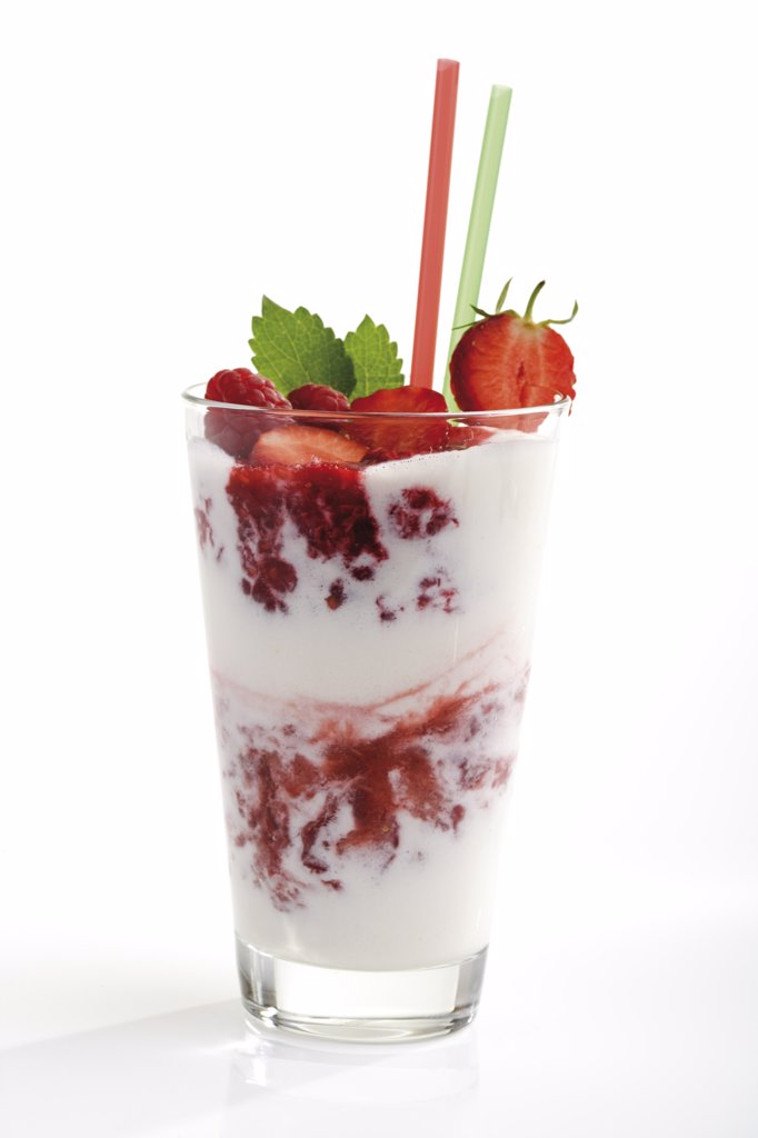 Milk shake with berries, close-up : Stock Photo