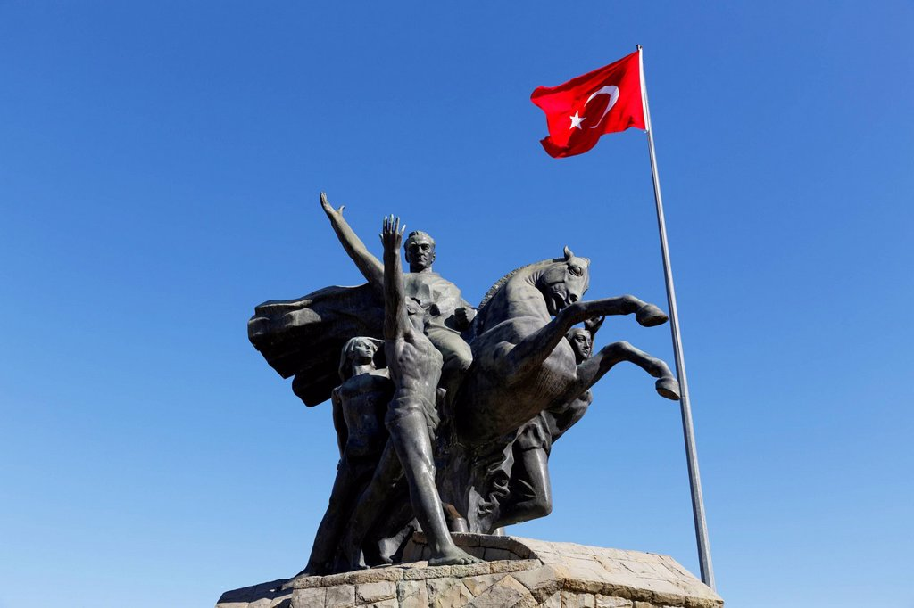 Stock Photo: 1815R-152161 Turkey, Antalya, Monument of Kemal Ataturk