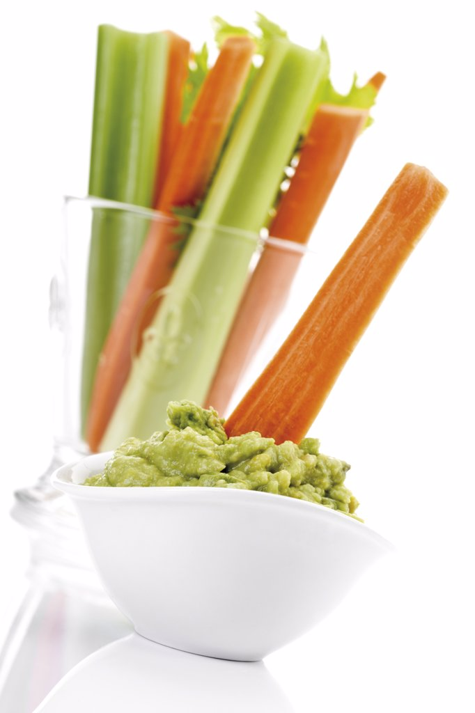Stock Photo: 1815R-16022 Guacamole with vegetable sticks