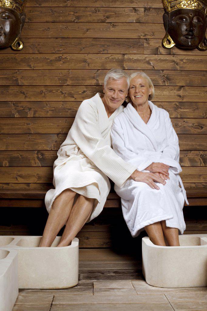 Stock Photo: 1815R-33618 Germany, Senior couple wearing bath robes
