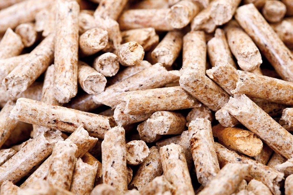 Stock Photo: 1815R-50849 Wood pellets, full frame, close_up