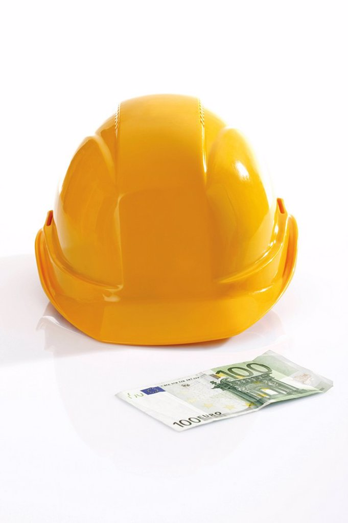 Stock Photo: 1815R-51852 Hardhat and 100 Euro bank note