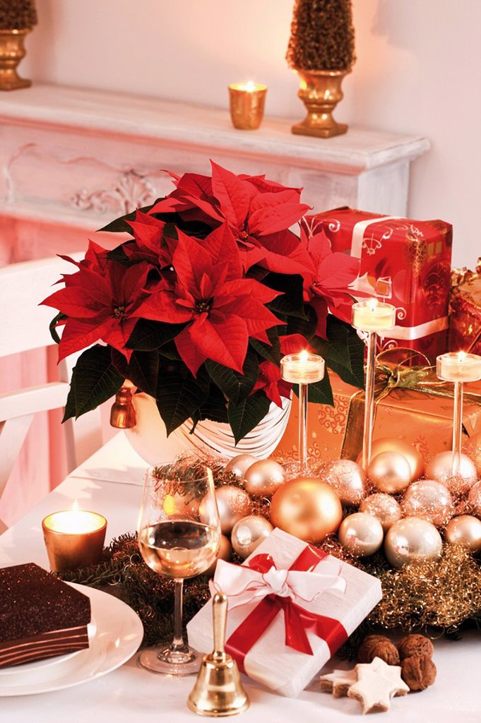 Christmas decoration and christmas presents on table : Stock Photo