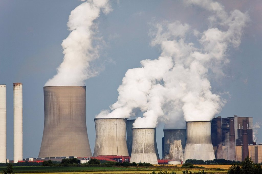 Stock Photo: 1815R-52473 Germany, North Rhine_Westphalia, Niederauen, Coal fired power station