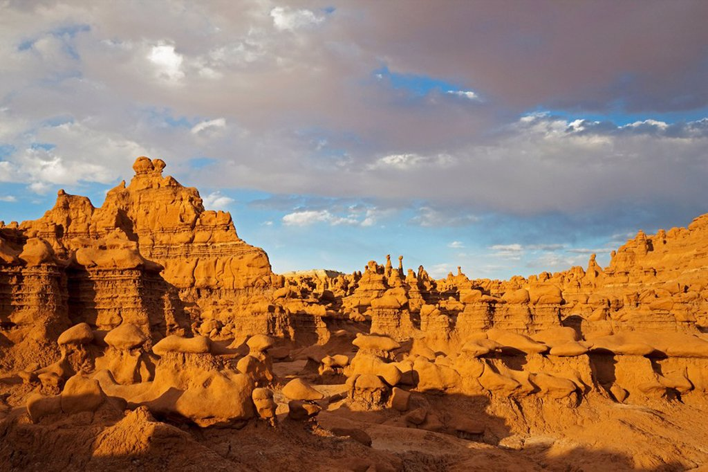 USA, Utah, Goblin Valley, San Rafael Swell, Rock formations : Stock Photo