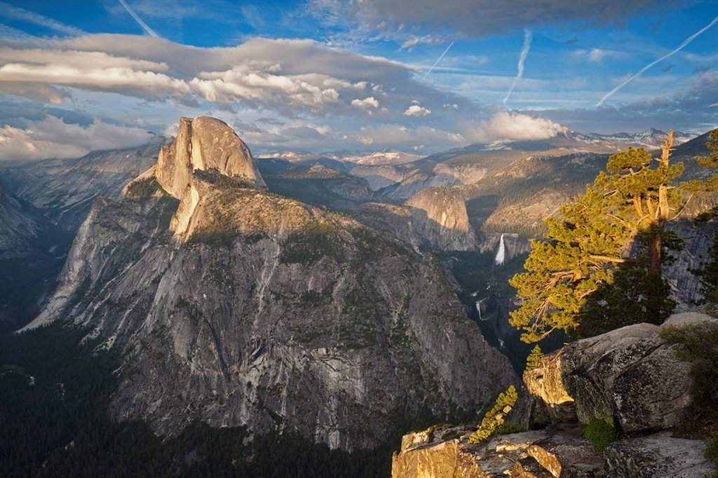 Stock Photo: 1815R-55609 USA, Nevada, Yosemite National Park