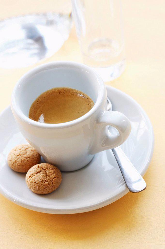 Stock Photo: 1815R-57350 Espresso and Amarettini