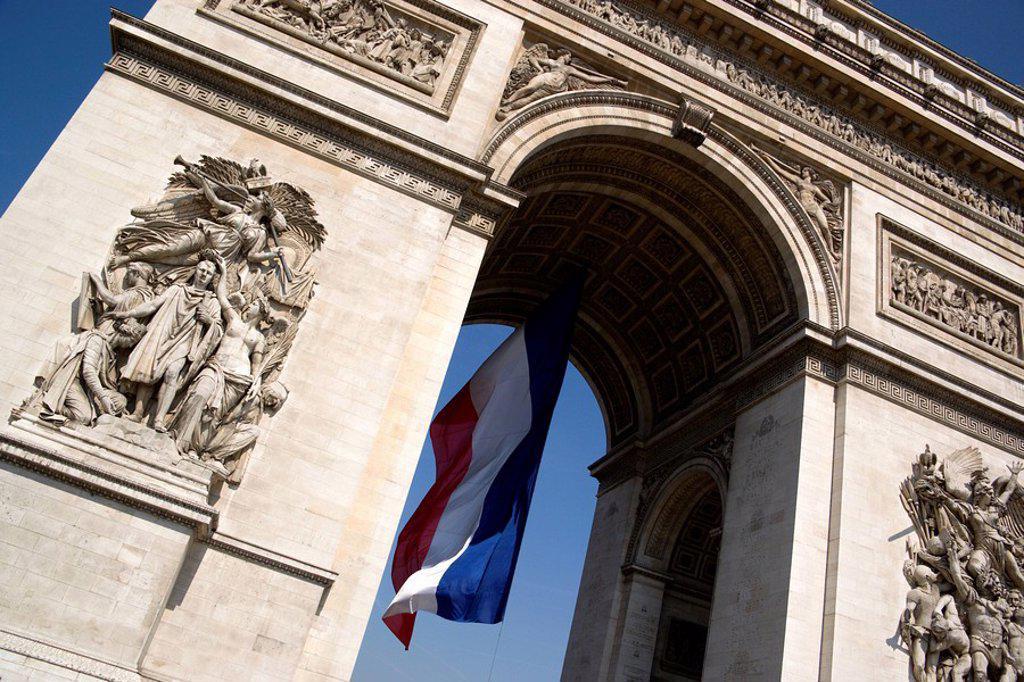 France, Paris, Arc de Triomphe, low angle view : Stock Photo