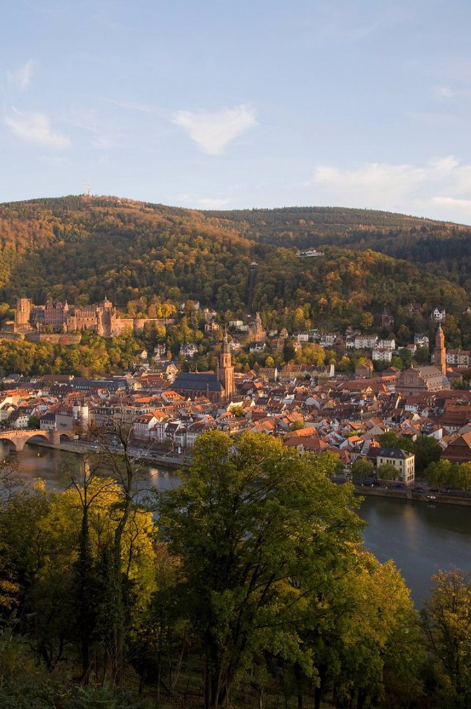 Stock Photo: 1815R-62467 Germany, Baden_Württemberg, Heidelberg, View over Town and river