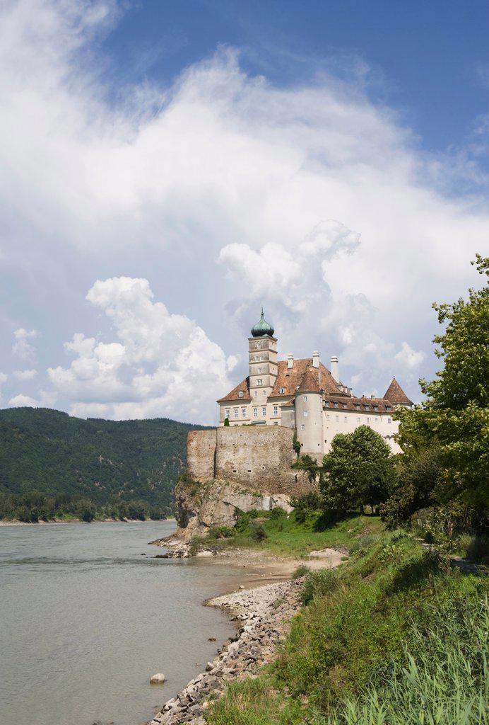 Austria, Wachau, castle Schoenbuehel, river Danube : Stock Photo