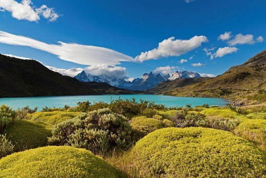 Stock Photo: 1815R-77722 South America, Chile, Patagonia, View of cuernos del paine with river rio paine