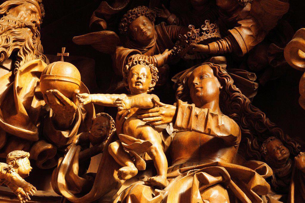 Stock Photo: 1815R-82883 Austria, Lower Austria, Mostviertel, Wachau, pilgrimage church Mauer bei Melk, Statue of Maria and child