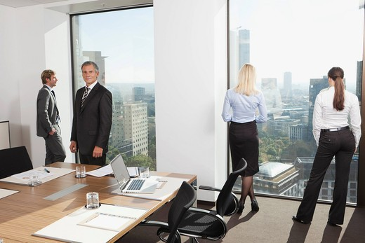 Germany, Frankfurt, Business people in conference room : Stock Photo