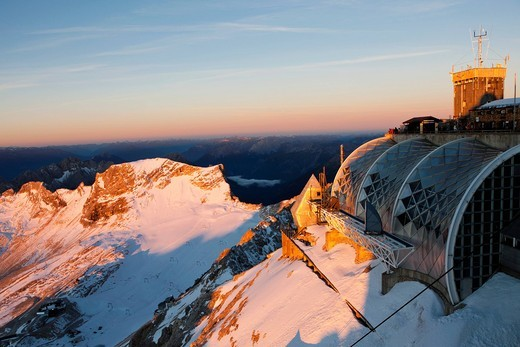 Stock Photo: 1815R-91919 Europe, Germany, Bavaria, Wetterstein Range, View of weather station and platform on the mountain Zugspitze