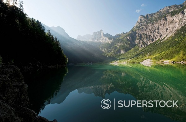 Stock Photo: 1815R-98293 Austria, Salzburg County, View of Lake Hinterer Gosausee with mountains