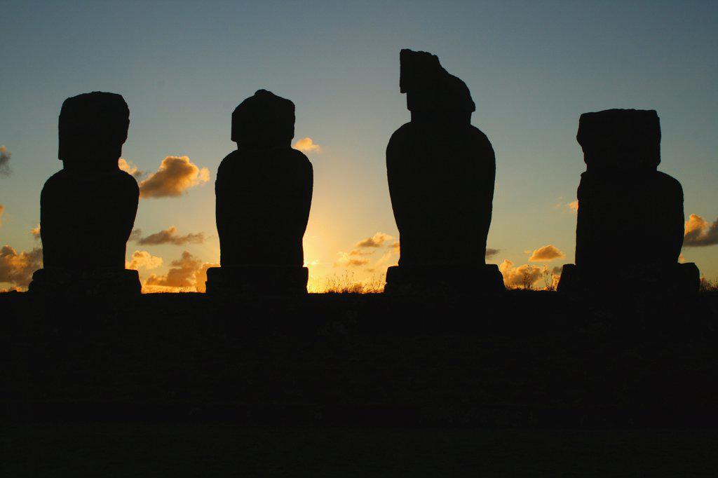 Silhouette of Moai statues, Rano Raraku, Ahu Tongariki, Easter Island, Chile : Stock Photo