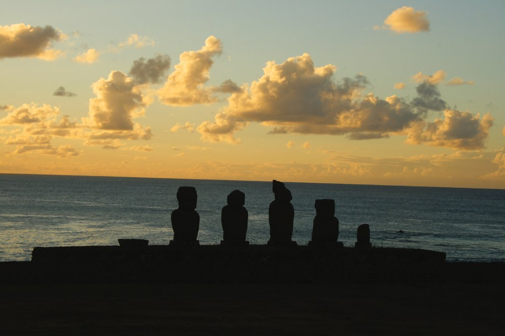 Stock Photo: 1818-362 Silhouette of Moai statues, Rano Raraku, Ahu Tongariki, Easter Island, Chile