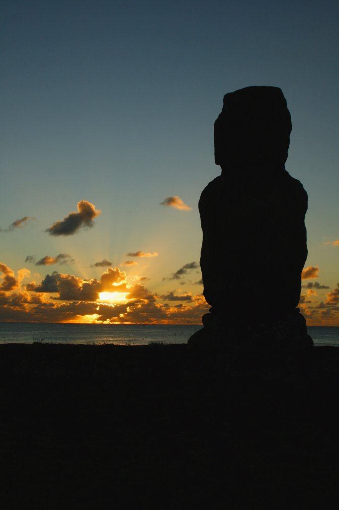 Stock Photo: 1818-372 Silhouette of a Moai statue, Rano Raraku, Ahu Tongariki, Easter Island, Chile