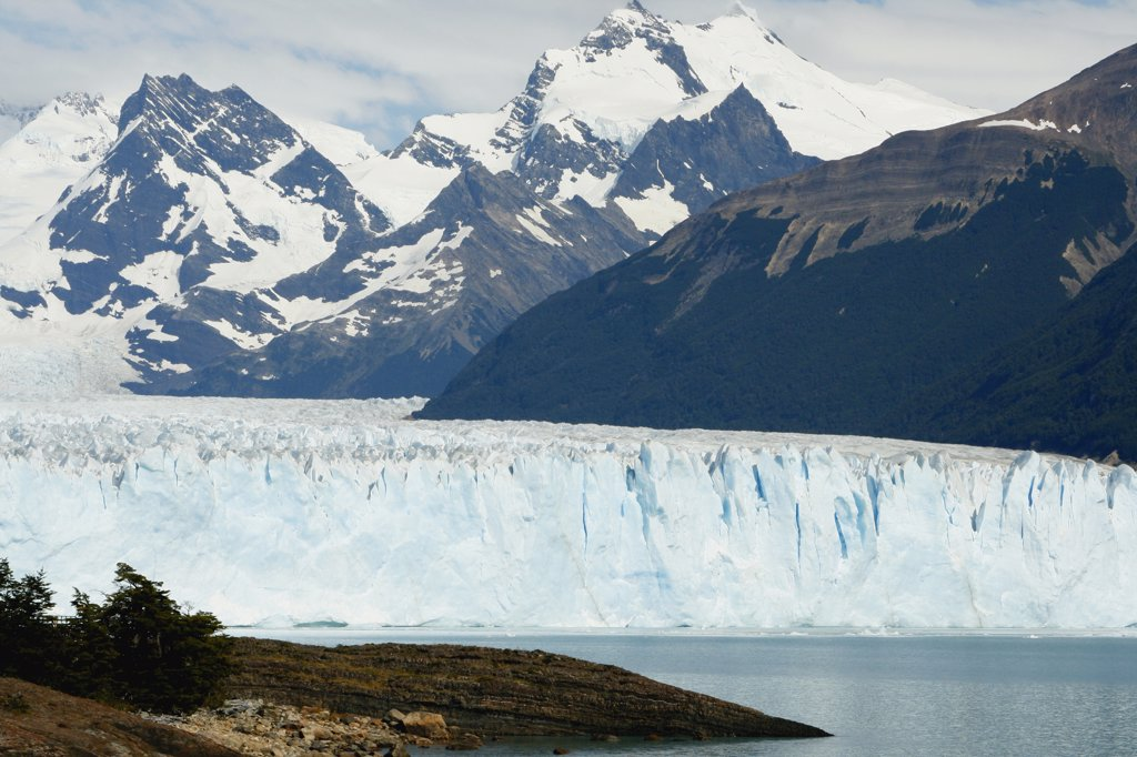 Stock Photo: 1818-374 Panoramic view of a glacier, Argentina