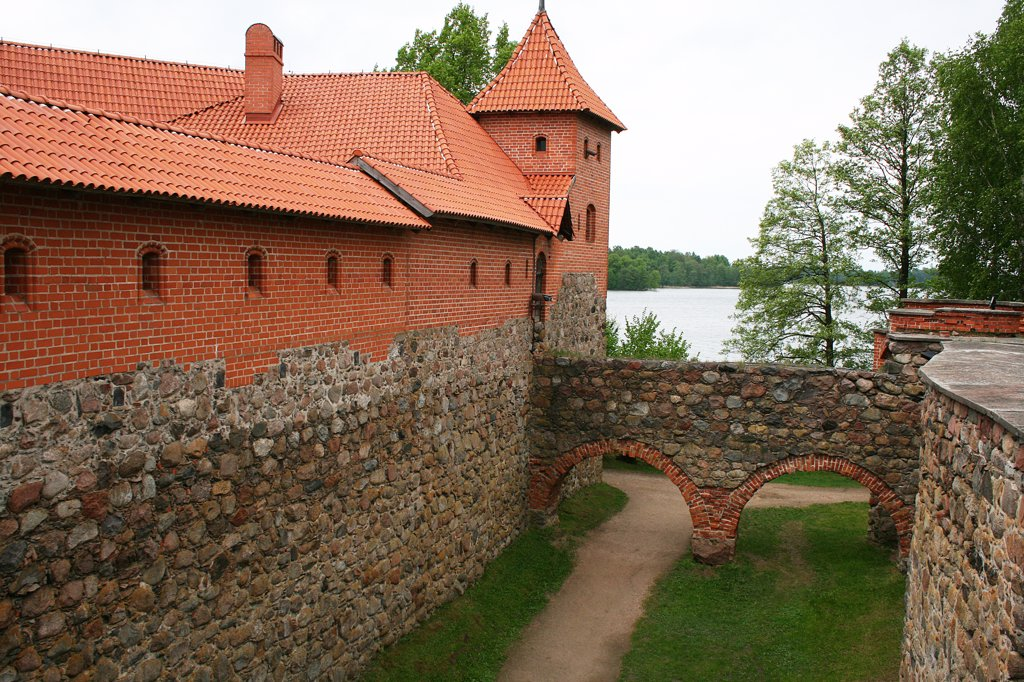 Stock Photo: 1818R-418 Lithuania, Vilnius, Trakai Island Castle