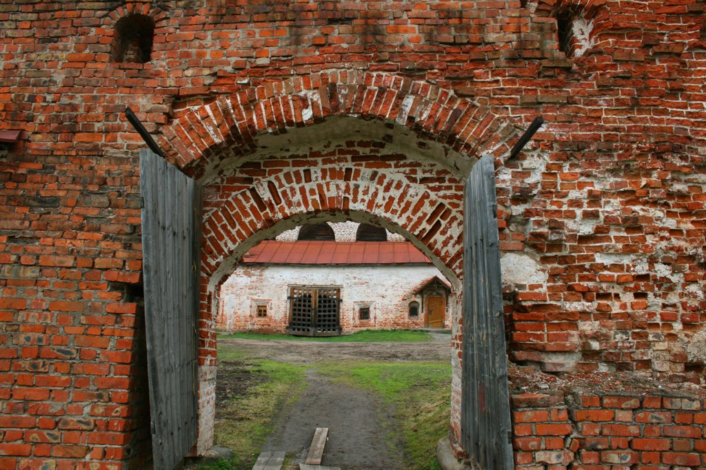 Stock Photo: 1818R-432 Russia, Goritsy, Inside the Kirillo-Belozersky monastery