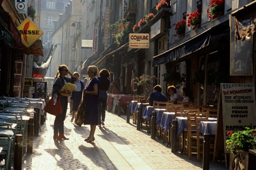 Stock Photo: 182-847 Group of people in a street, Paris, France