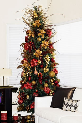 Stock Photo: 1825-1483 Christmas tree in a living room