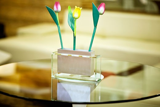 Showpiece on a table : Stock Photo
