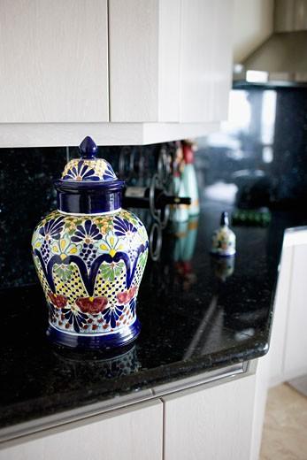 Stock Photo: 1825-3990 Jar on the kitchen counter