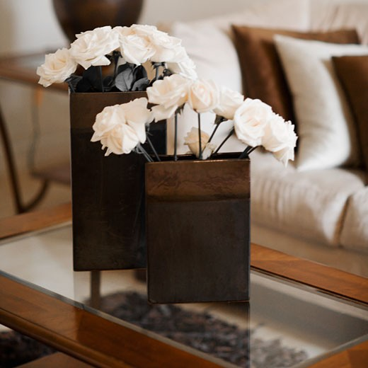 Stock Photo: 1825-4030 Close-up of flower vases on a table