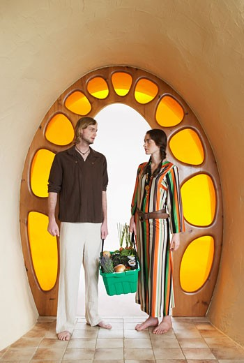 Hippie Couple in Doorway    : Stock Photo