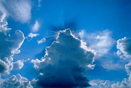 Stock Photo: 1828R-2064 Sunrays Through Clouds