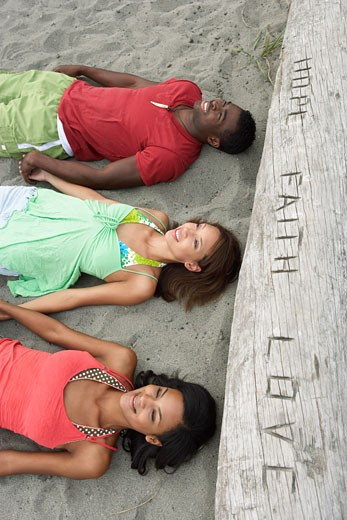 Stock Photo: 1828R-23028 People at Beach
