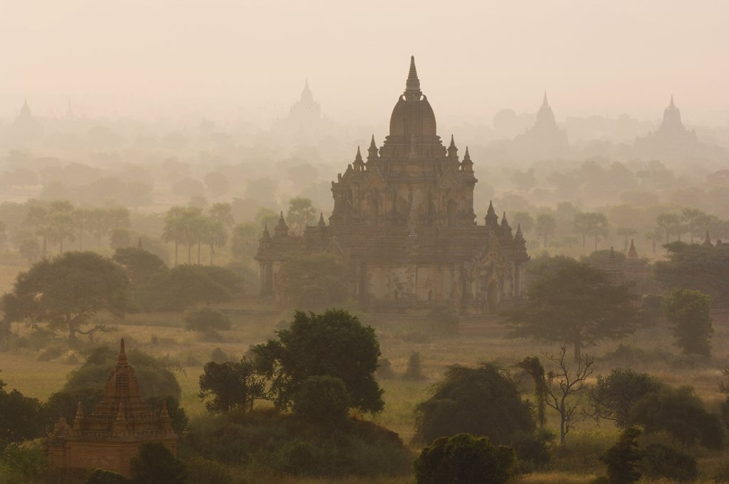 Bagan, Myanmar    : Stock Photo