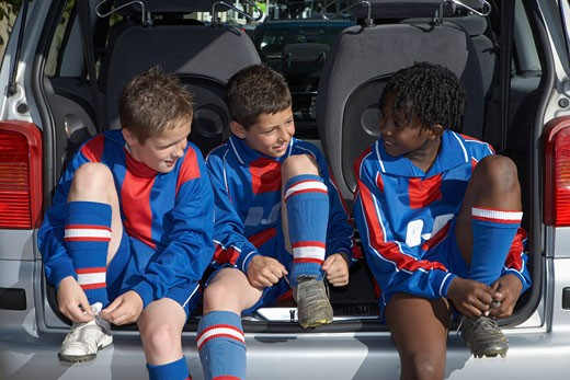 Stock Photo: 1828R-27402 Soccer Players Getting Ready