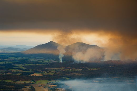Stock Photo: 1828R-30350 Bushfire, Finch Hatton, Pioneer Valley, Queensland, Australia