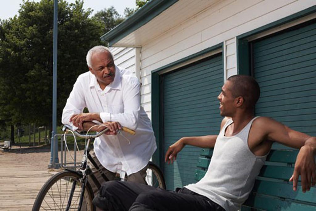 Stock Photo: 1828R-31416 Men Talking
