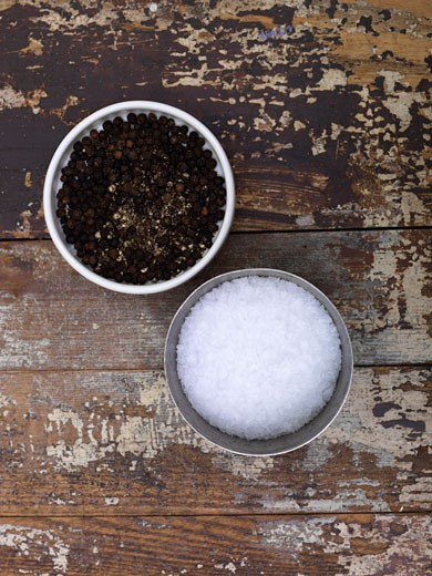 Stock Photo: 1828R-33366 Salt and Pepper