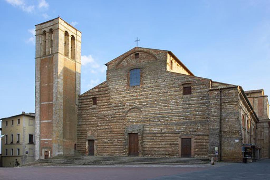Stock Photo: 1828R-34758 Duomo Piazza Grande Montepulciano , Tuscany, Italy