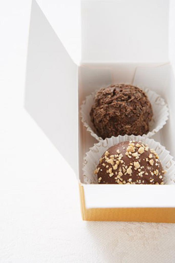Stock Photo: 1828R-39257 Box of Truffles