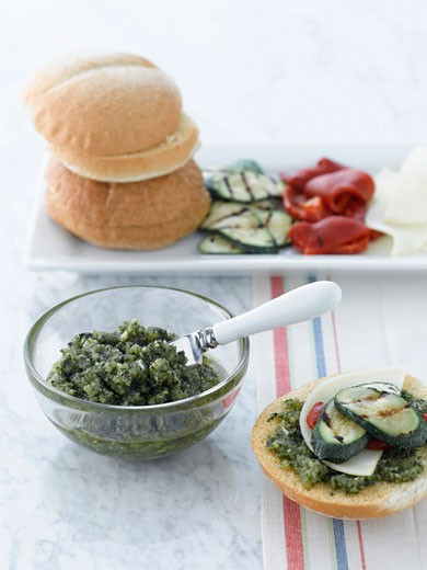 Stock Photo: 1828R-39808 Basil Pesto, Grilled Zucchini, Red Peppers, Provolone Cheese and Bread
