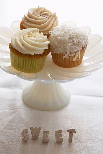 Stock Photo: 1828R-48470 Cupcakes