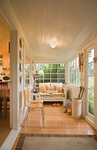 Interior of Rental Cottage in Seaside, Oregon, USA    : Stock Photo