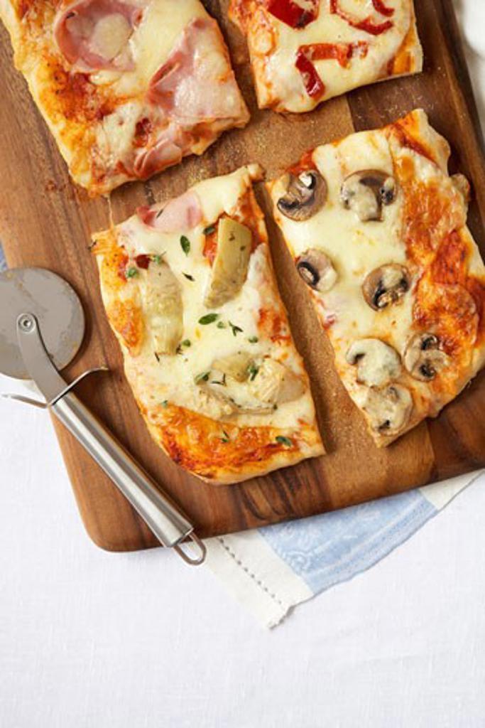 Stock Photo: 1828R-63737 Four Seasons Pizza