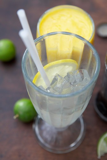 Stock Photo: 1828R-70795 Lime Soda