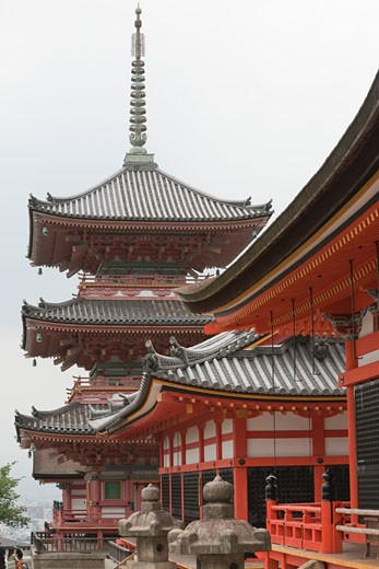 Stock Photo: 1828R-70838 Kiyomizu-Dera Temple, Kyoto, Kyoto Prefecture, Kansai Region, Honshu, Japan