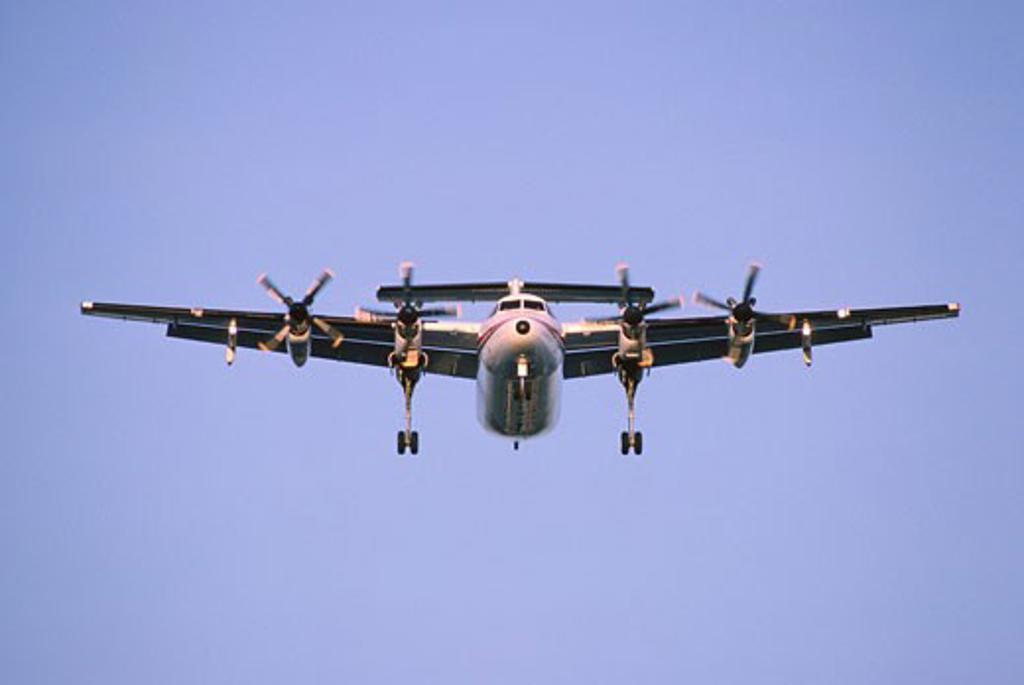 Stock Photo: 1828R-7188 Plane Landing