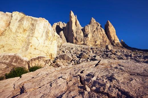 Stock Photo: 1828R-73665 Tre Cime di Lavaredo, Sexten Dolomites, Dolomites, South Tyrol, Trentino Alto Adige, Italy