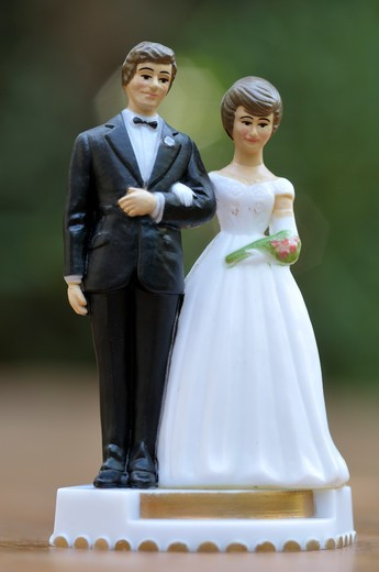Stock Photo: 1828R-73996 Wedding Cake Topper
