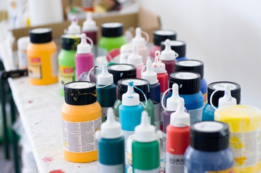 Stock Photo: 1828R-80841 Variety of Oil Paints